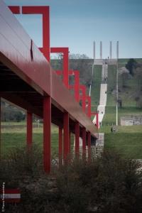 La passerelle et les 12 colonnes - Axe Majeur de Cergy