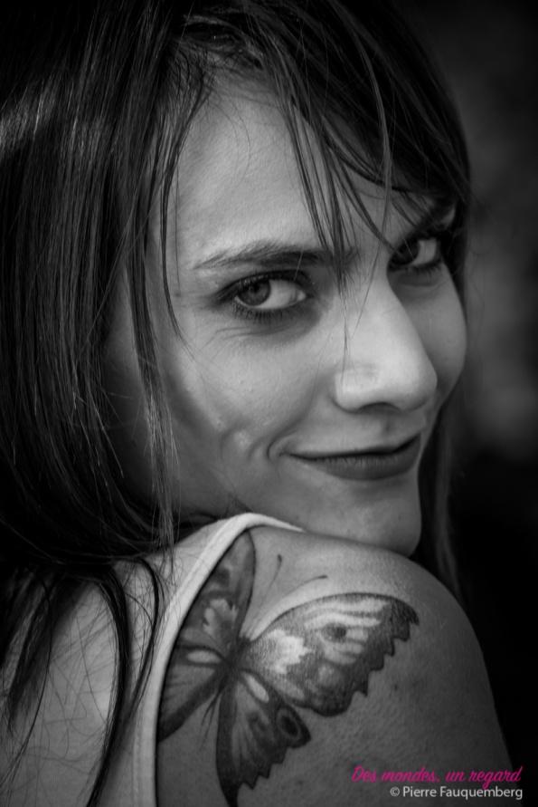 Séance portrait réalisée pour Sandra à l'Axe Majeur (Cergy) - photographe Conflans-sainte-honorine - photographe Yvelines