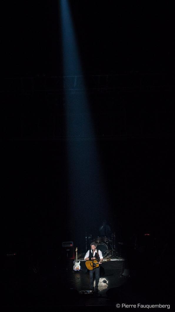 Fred Blondin au Casino de Paris avec Didier Escudero (Clavier et Direction musicale), Olivier Ibos (Guitare), Philippe Di Rienzo (Basse), Maxime Aigon (Batterie), Michel Billes (Sax), Cali, CharlElie Couture, DARAN, Michael Lecoq